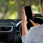 Drivers to face tougher sanctions for mobile phone use